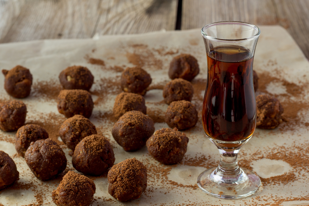 snaps brandy java ice 25 chocolate brandy balls ice with brandy brandy ...